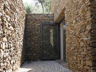 Germano de Castro Pinheiro, Lda Balcones y terrazas de estilo rústico Piedra