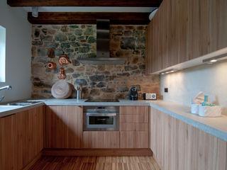 RUBIO · BILBAO ARQUITECTOS Cocinas de estilo rural