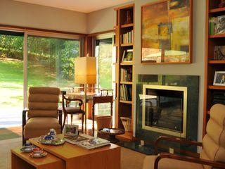 Luisa Pinho Arte e Decoração Eclectic style living room