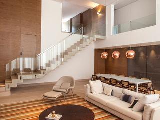 Casa Vila Alpina Márcia Carvalhaes Arquitetura LTDA. Salas de estar modernas