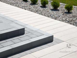 Modern Line Balcones y terrazas de estilo moderno