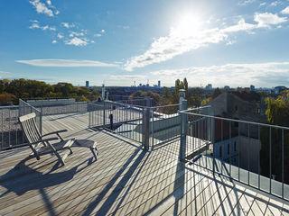 DACHCOUTURE DREER2 Moderner Balkon, Veranda & Terrasse