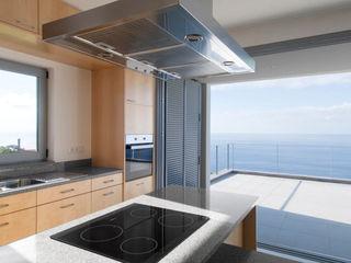 Mayer & Selders Arquitectura Кухня Плитки Бежевий