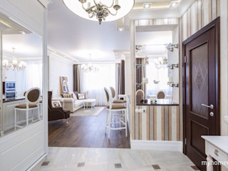 Dara Design Classic style corridor, hallway and stairs Brown