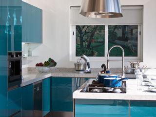 Avianda Kitchen Design Dapur Modern Kaca Blue