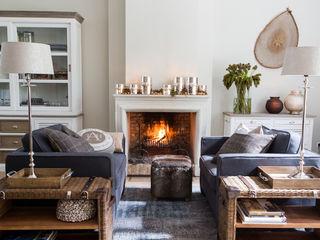 Villa Riviera Living roomFireplaces & accessories