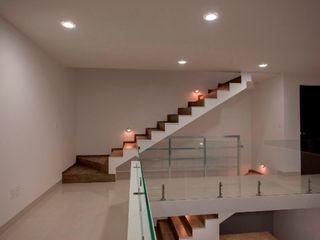 JF ARQUITECTOS Minimalist corridor, hallway & stairs