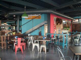 RI-NOVO Industrial style bars & clubs Wood