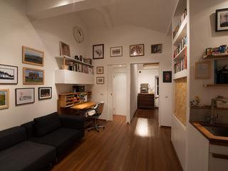 189 Richmond Road ATOM BUILD LTD Soggiorno moderno