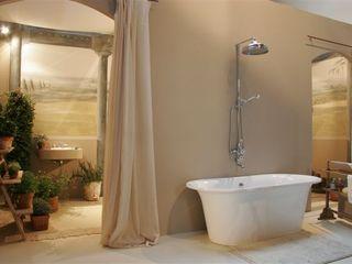 Suite con encanto Fontini Baños de estilo moderno