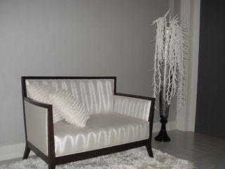 Casa Nacarino-Pozo EPG-Arquitécnico Salones de estilo moderno