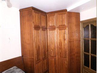 Мебельная мастерская Александра Воробьева BedroomWardrobes & closets Wood