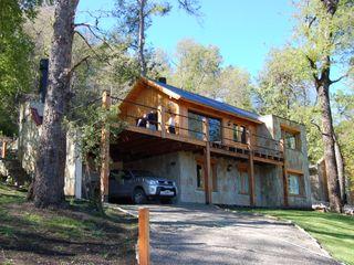 Casa Los Robles - San Martin de los Andes Aguirre Arquitectura Patagonica Casas clásicas