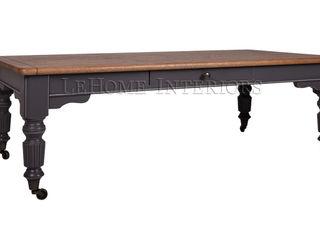 LeHome Interiors ห้องนั่งเล่นโต๊ะกลางและโซฟา ไม้ Black