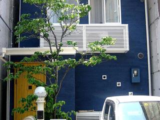 あお建築設計 Moderne huizen Blauw