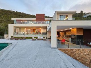 Casa Quintas do Sol Márcia Carvalhaes Arquitetura LTDA. Casas modernas