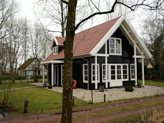 ScanaBouw BV Country style houses