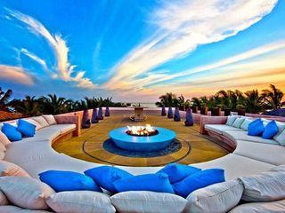 BR ARQUITECTOS Balcon, Veranda & Terrasse tropicaux Bleu