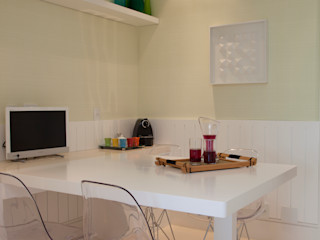 Silvia Romanholi Design de Interiores Modern kitchen