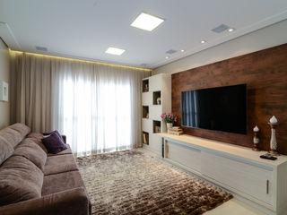LAM Arquitetura | Interiores Modern Media Room