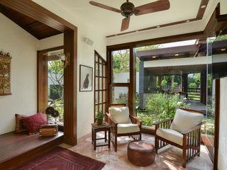 Juanapur Farmhouse monica khanna designs Living roomSofas & armchairs