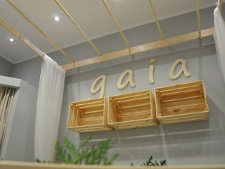gaia - negozio di abbigliamento ArchitetturaTerapia® Negozi & Locali Commerciali Legno