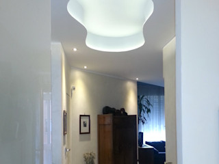 Casa T ArchitetturaTerapia® Ingresso, Corridoio & Scale in stile moderno