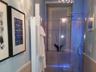 Casa T ArchitetturaTerapia® Bagno moderno Vetro Trasparente