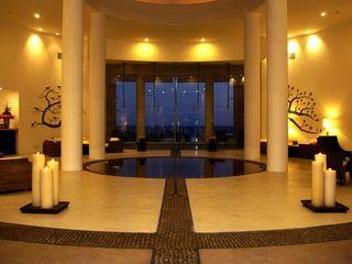 Olivia Aldrete Haas Modern hotels