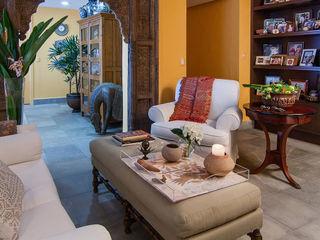 Olivia Aldrete Haas Modern living room
