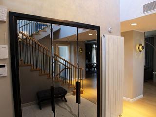 SNC HOUSE Esra Kazmirci Mimarlik Modern corridor, hallway & stairs