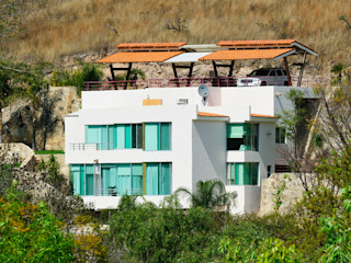 RESIDENCIA NOE Excelencia en Diseño Casas modernas Ladrillos Blanco