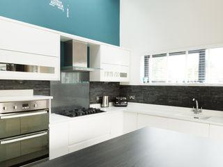 The Blue Extension Sha McAuley Photography Cocinas modernas