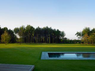MK2 international landscape architects Сад в стиле минимализм