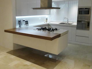 Cumbres de Curumo RRA Arquitectura Cocinas de estilo minimalista Granito