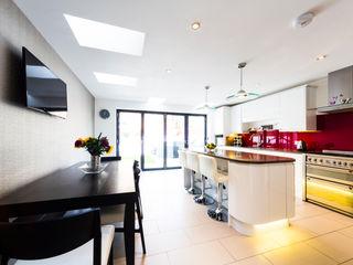 Ground Floor Refurbishment - Gaskarth Road, Clapham Affleck Property Services Modern style kitchen White