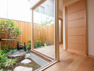 一級建築士事務所 Eee works Jardines de estilo moderno Multicolor