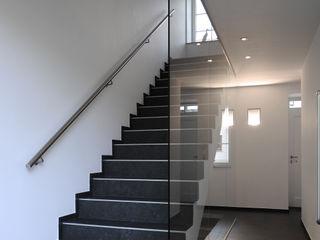 Aux portes du Limbourg Luc Spits Architecture Couloir, entrée, escaliersEscaliers