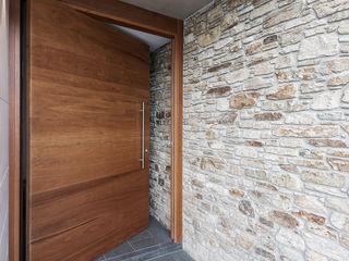 AD+ arquitectura Front doors Wood Brown