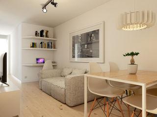 José Tiago Rosa Minimalist living room