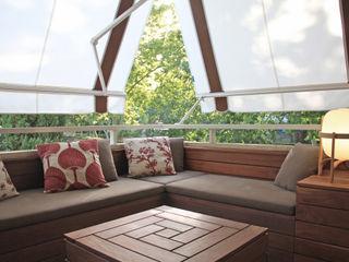 New construction of a terrace in Pedralbes, Barcelona Daifuku Designs Balcon, Veranda & Terrasse asiatiques