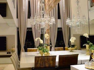 Giovana Martins Arquitetura & Interiores Modern dining room Beige