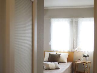 Live Sumai - アズ・コンストラクション - Modern style bedroom