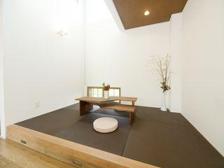 Live Sumai - アズ・コンストラクション - Asian style media rooms Paper Brown