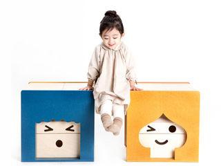 YZAB Quarto de criançasEscrivaninha e cadeiras