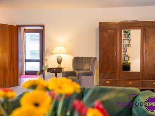 Home Staging eines Einfamilienhauses MK ImmoPromotion Klassische Wohnzimmer