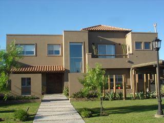 Casa en Barrio Cerrado Fainzilber Arqts. Casas rústicas