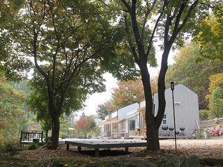 나무사이에 Commercial Spaces