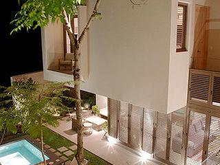 Mayúscula Arquitectos Eclectische tuinen