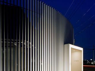 藤村デザインスタジオ / FUJIMURA DESIGIN STUDIO Casas estilo moderno: ideas, arquitectura e imágenes Aluminio/Cinc Blanco